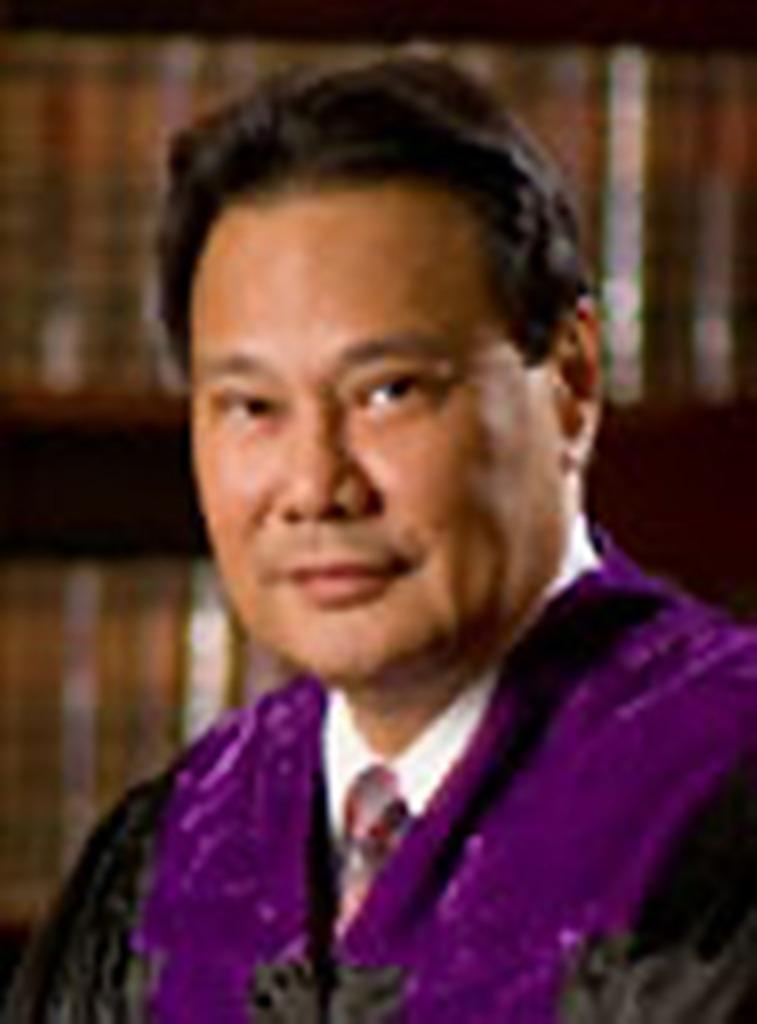 THE ANOINTED ONE. Supreme Court Chief Justice Renato C. Corona (Wikipedia) - Corona