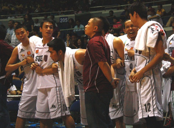 Tigers edge Maroons in overtime, 87-81