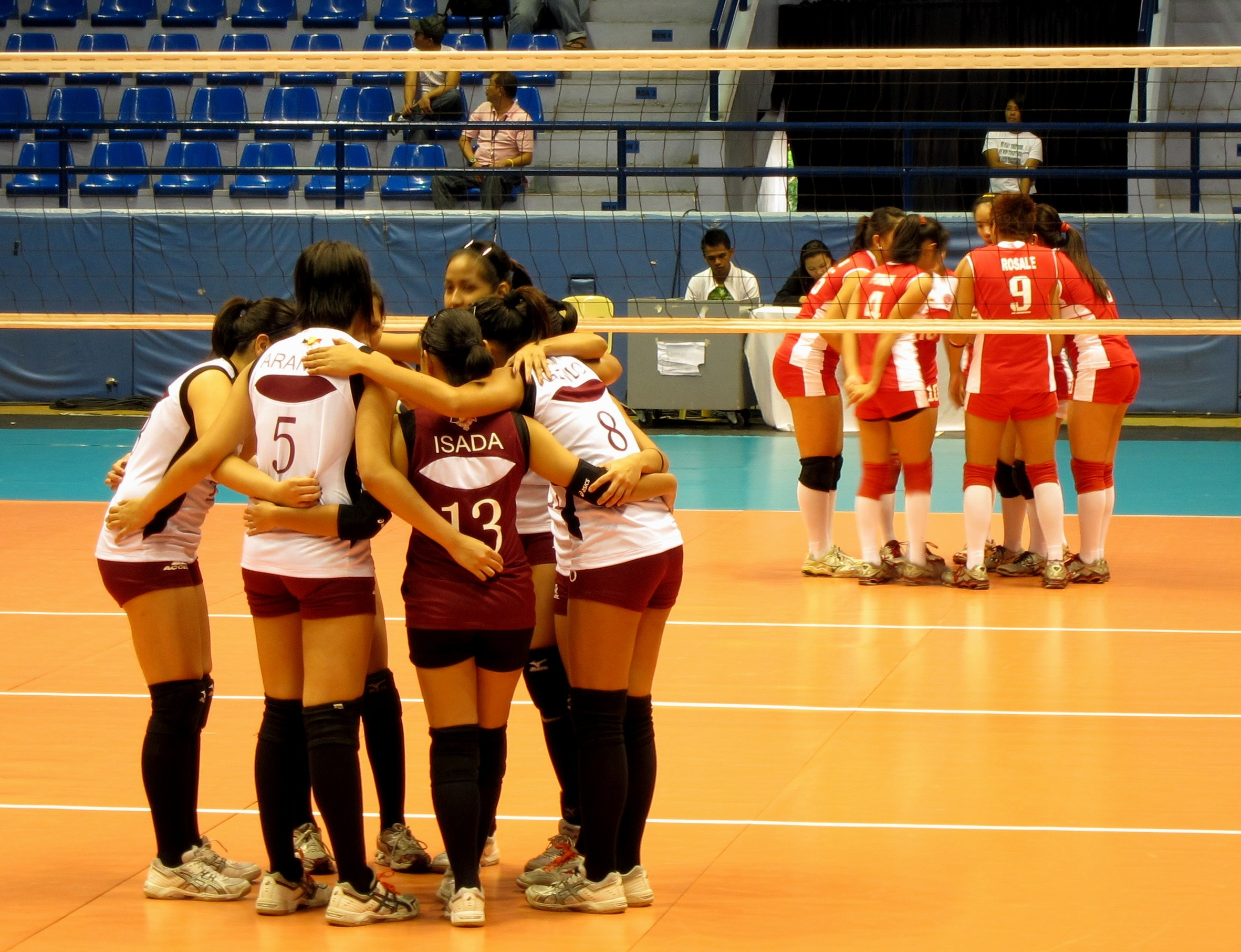 Lady Maroons close out Warriors in 4 sets