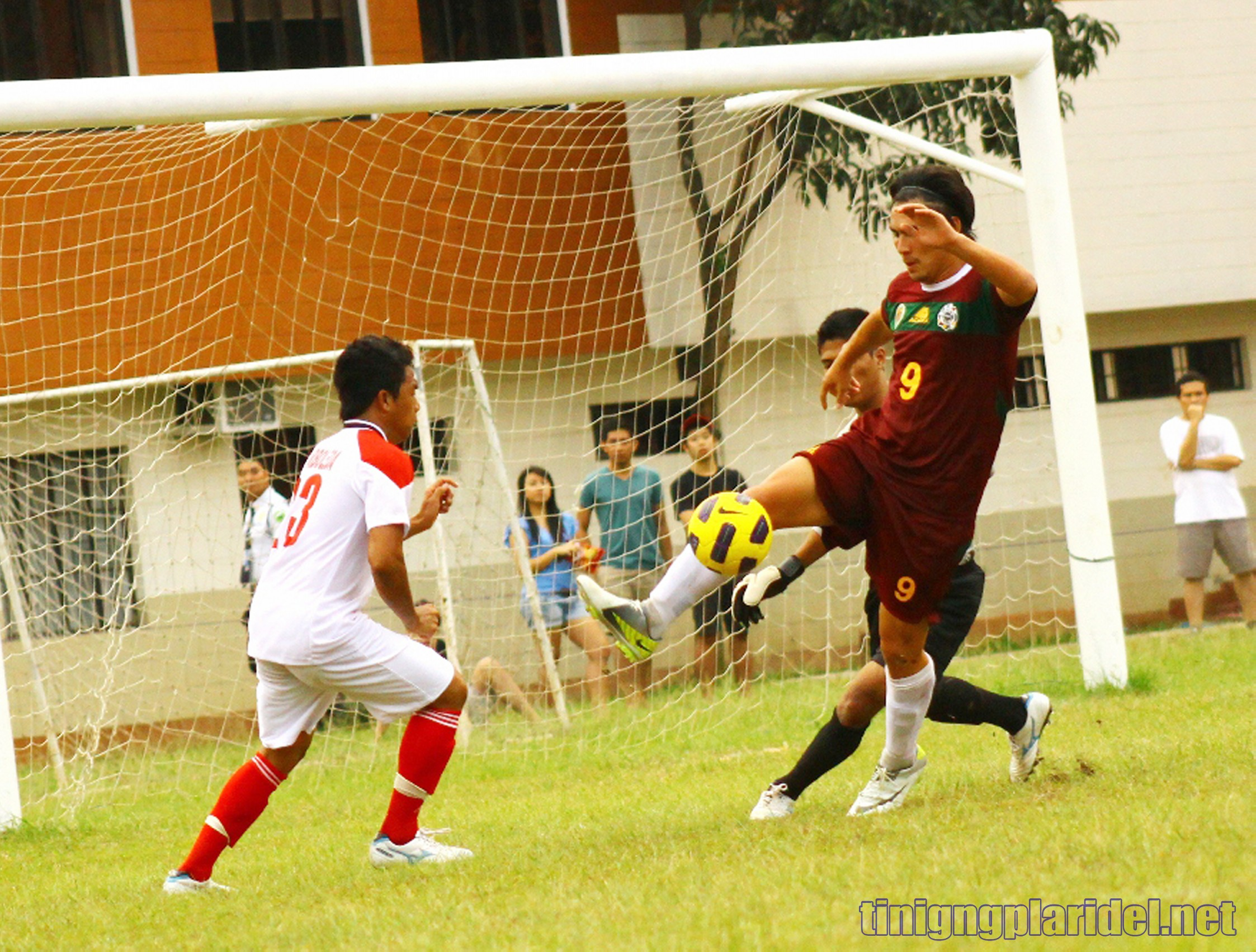 UAAP Football: UP forces draw vs UE
