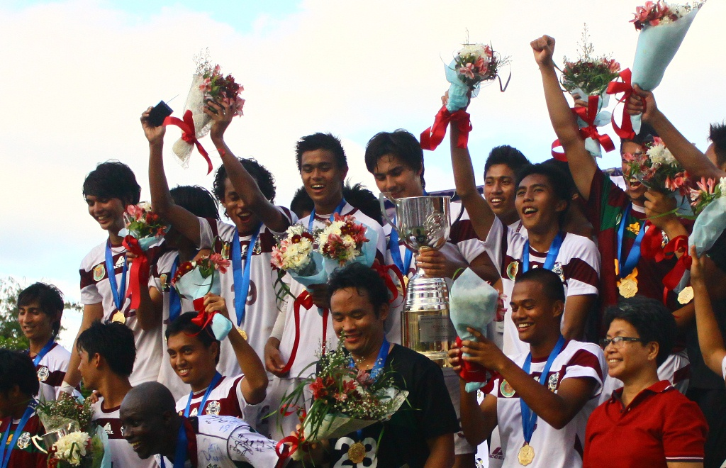 UP defends UAAP football crown