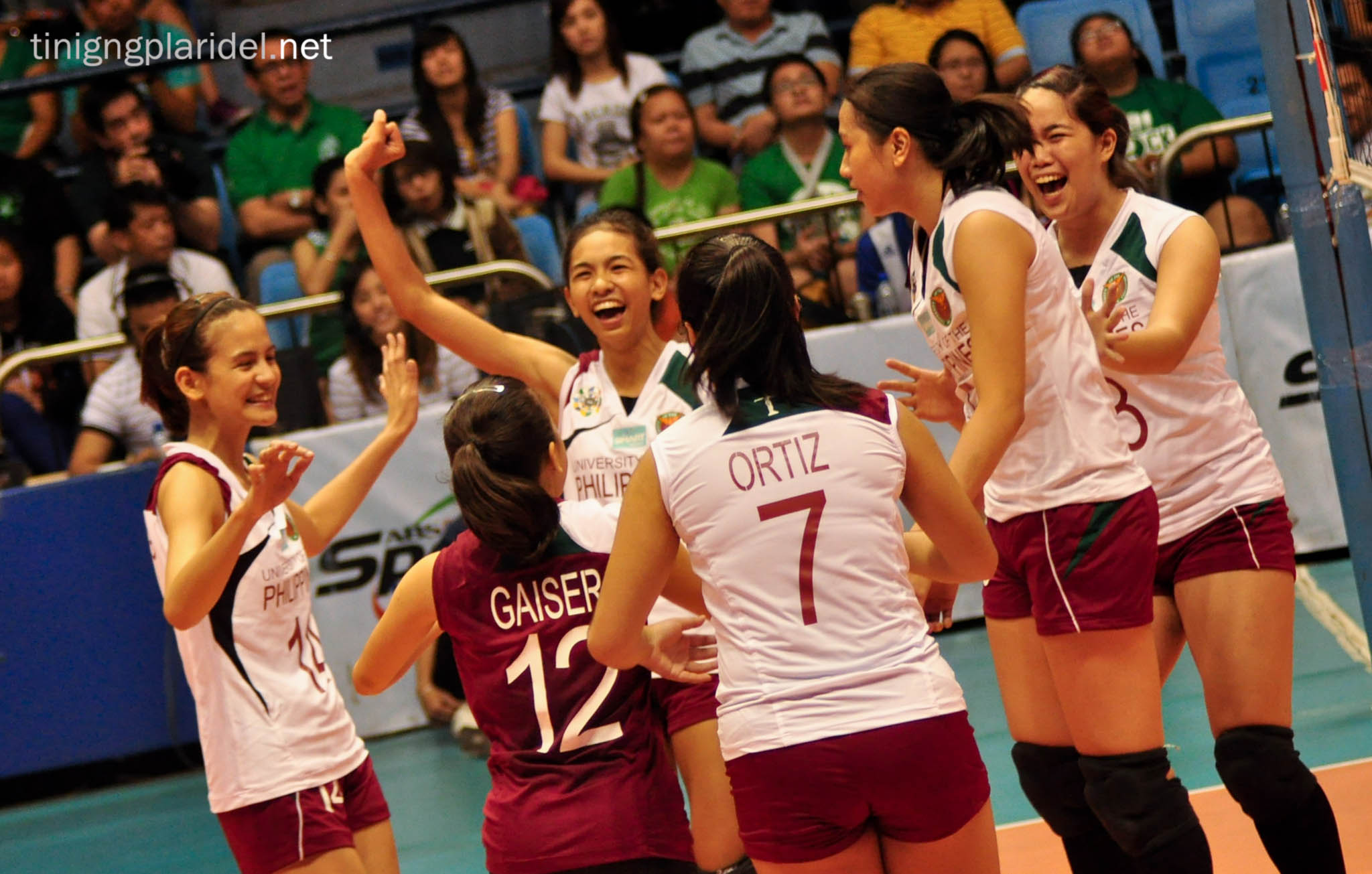 Lady Archers romp Maroons anew in UAAP Volleyball