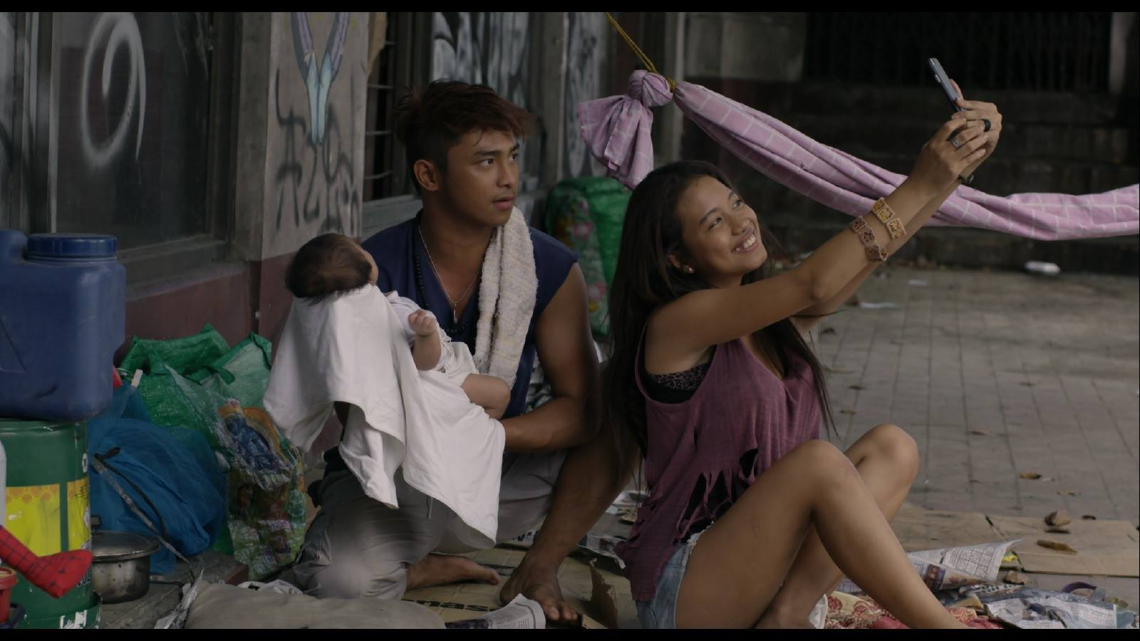 Pamilya Ordinaryo: Painting the Picture of Poverty Porn