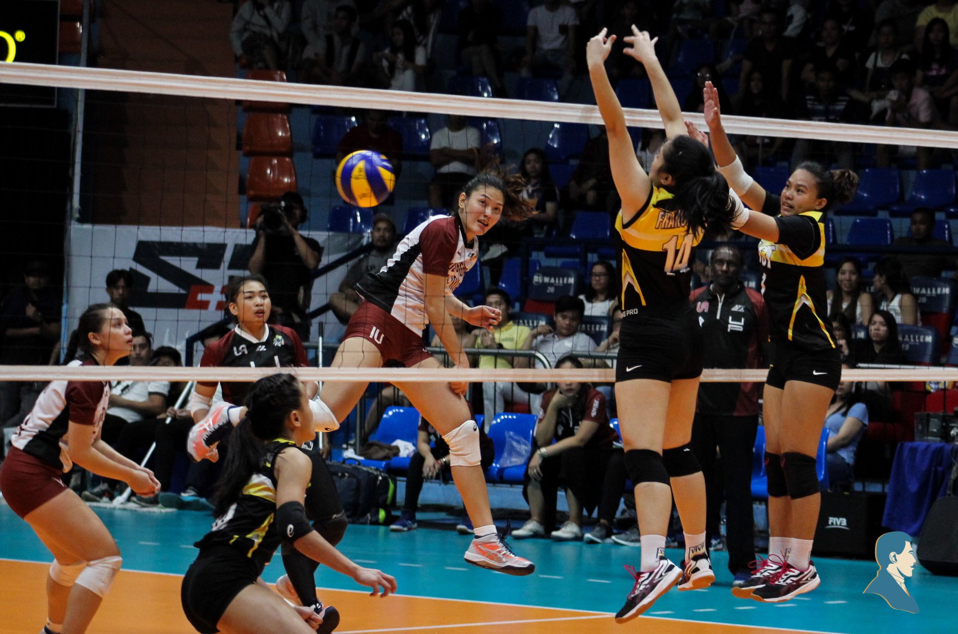 UP falls to UST in four sets, slides further away from F4